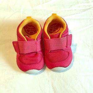 Infant first walker shoes